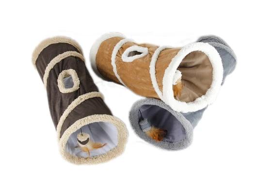 Spieltunnel aus Lammwolle für Katzen